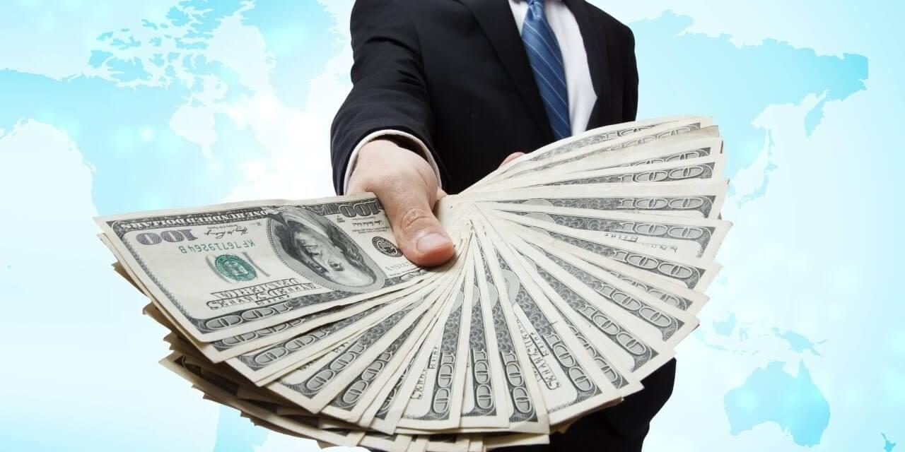 I ricchi devono pagare